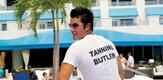 Butler_080401_g4.jpe