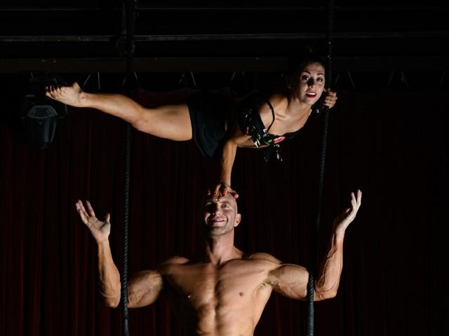 Zirkus Sarasota Duo