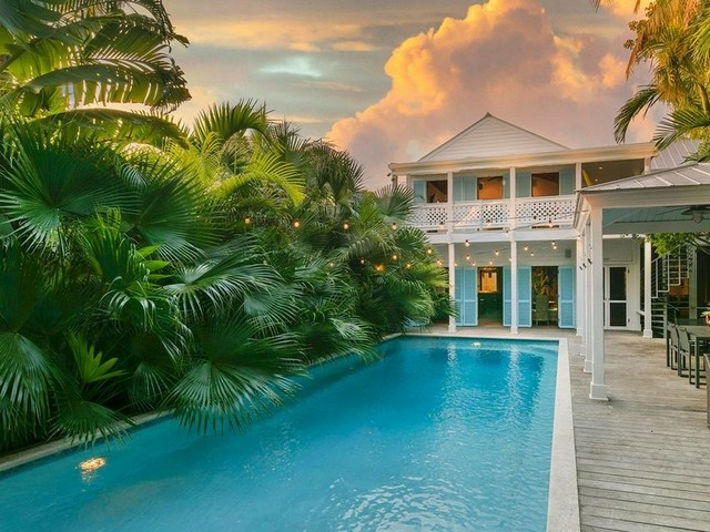 Haus Ralph Dale Earnhardt junior_Key West_2020.jpg