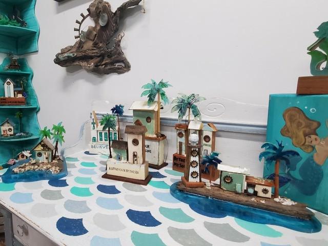 """""""Conch village"""" von Debi Fritts, Key West"""