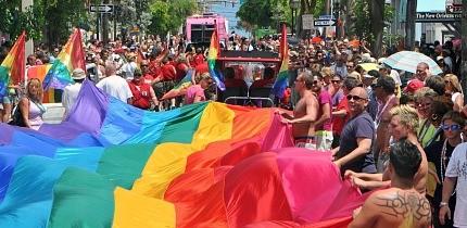 LGBT_1018_B4_g.jpe