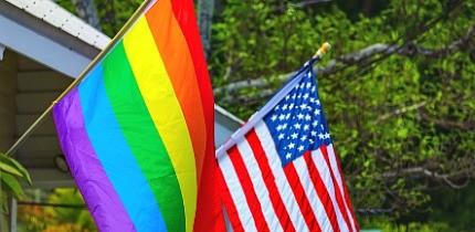 LGBT_1018_B7_g.jpe